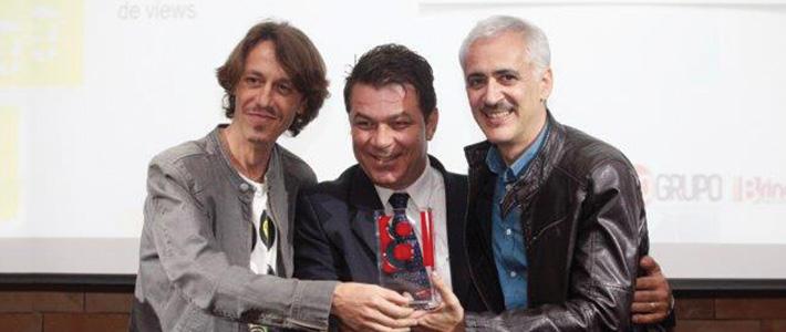"""Gallina Pintadita es premiada en la 13o celebración del """"Prêmio Revista Espaço Brinquedo"""" (Premio Revista Espacio Juguete) en Brasil"""